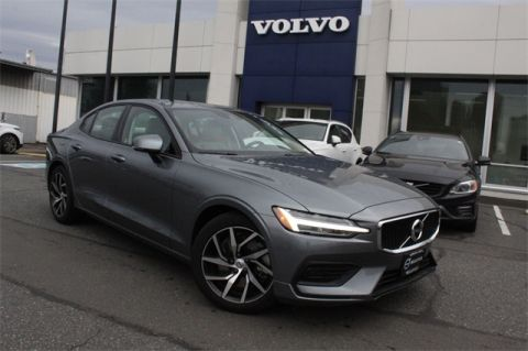 Certified Pre-Owned 2019 Volvo S60 T6 Momentum AWD 4D Sedan